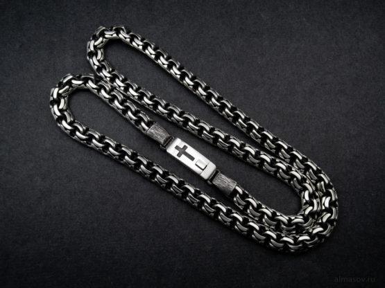 Мужская серебряная цепь garibaldi 8.5 мм. с гравировкой креста на замке вид 2